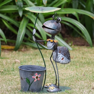 15.3 inch Metal Ant Garden Statues with Planter